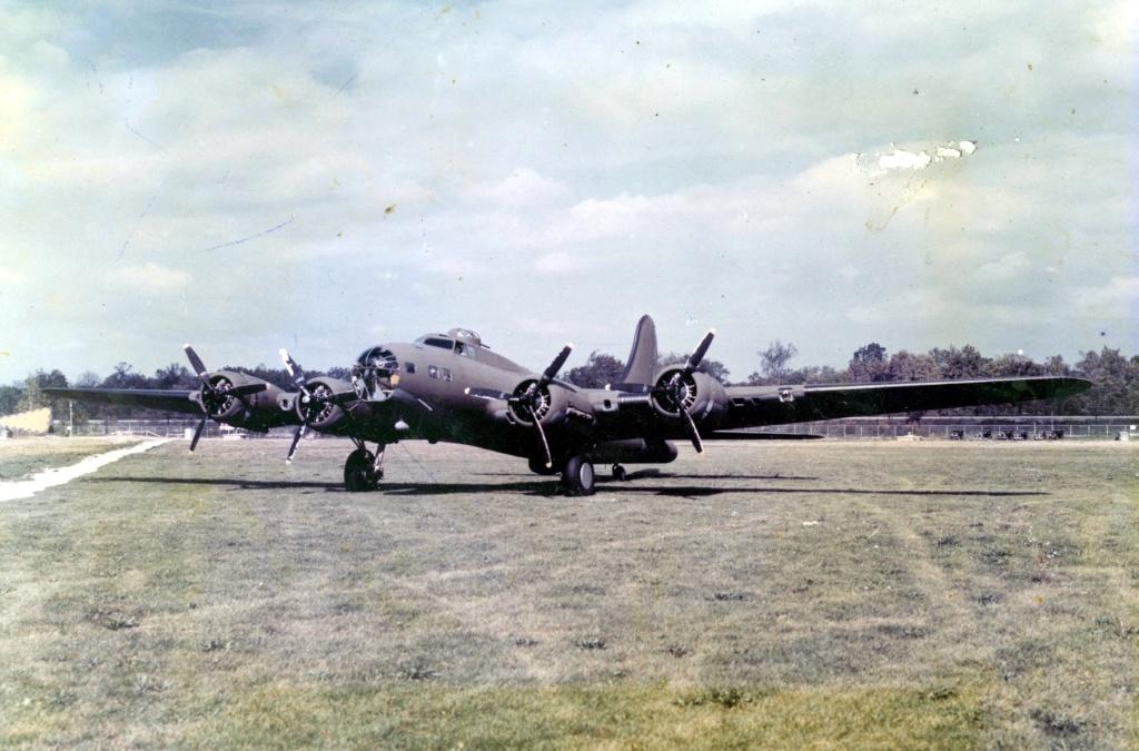 B-17E restauré (à voir absolument) 06051510