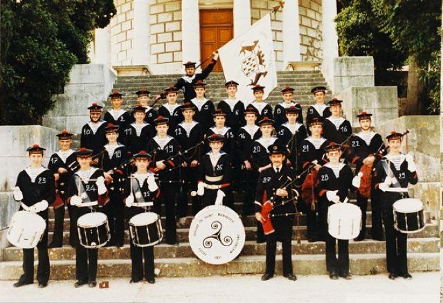 [Musique dans la Marine] Bagad St-Mandrier - Page 4 Bagad10