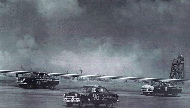 HISTOIRE DE NASCAR - Page 2 195110