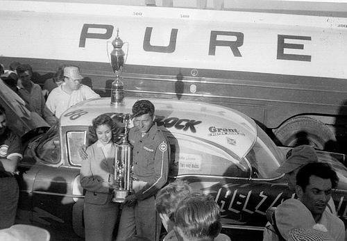 HISTOIRE DE NASCAR - Page 2 32193210