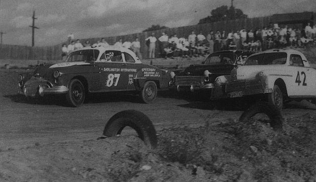 HISTOIRE DE NASCAR - Page 2 Backer10