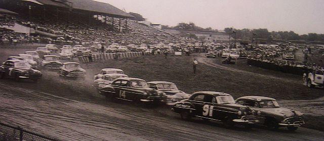 HISTOIRE DE NASCAR - Page 2 Detroi10