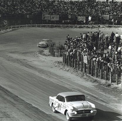 HISTOIRE DE NASCAR - Page 3 Fireba12