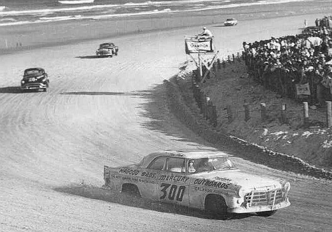 HISTOIRE DE NASCAR - Page 3 Flockd10