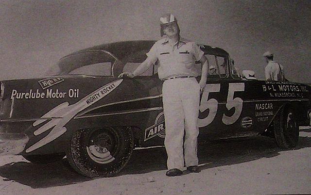 HISTOIRE DE NASCAR - Page 3 Junior10
