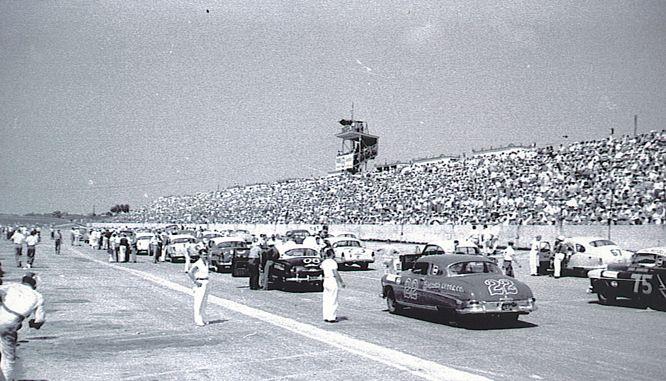 HISTOIRE DE NASCAR - Page 2 Lineup11