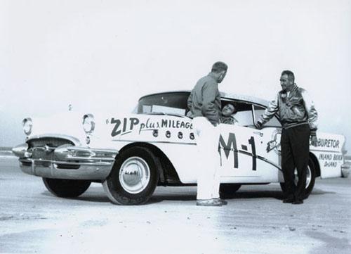 HISTOIRE DE NASCAR - Page 3 M1_and10