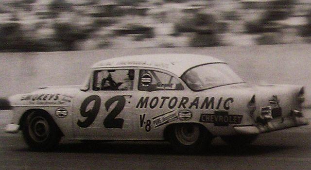 HISTOIRE DE NASCAR - Page 3 Motora10