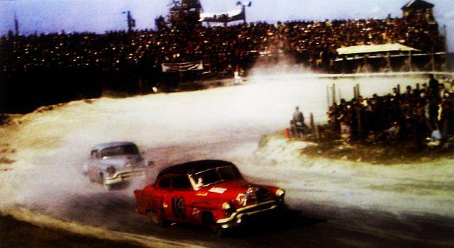 HISTOIRE DE NASCAR - Page 2 Oldsfi10