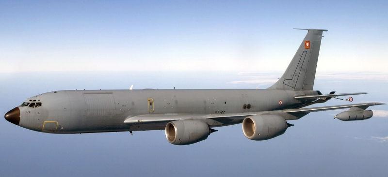Armée Française - Page 2 Boeing19