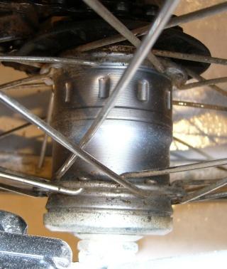 Démontage du moyeu arrière et ses 3 vitesses P1010613
