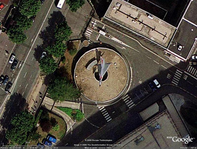 Un avion dans la ville - Page 2 Mirage10