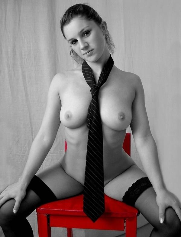 noir et rouge ... - Page 2 Blackt10
