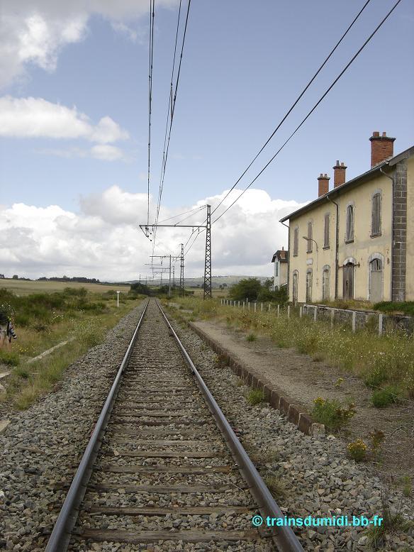 Pk 703,0 : Gare de Talizat (15) Bort_a17