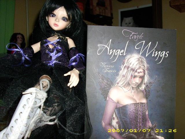 [latidoll cara]Lana,fidele petite vampire p.12! - Page 6 Angel_10