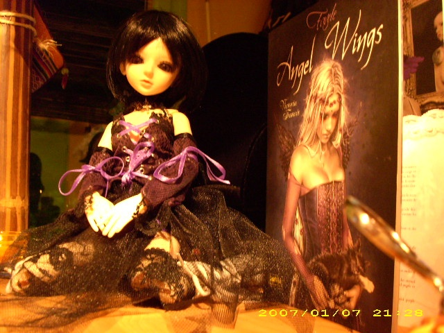 [latidoll cara]Lana,fidele petite vampire p.12! - Page 6 Angel_11