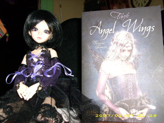[latidoll cara]Lana,fidele petite vampire p.12! - Page 6 Angel_12