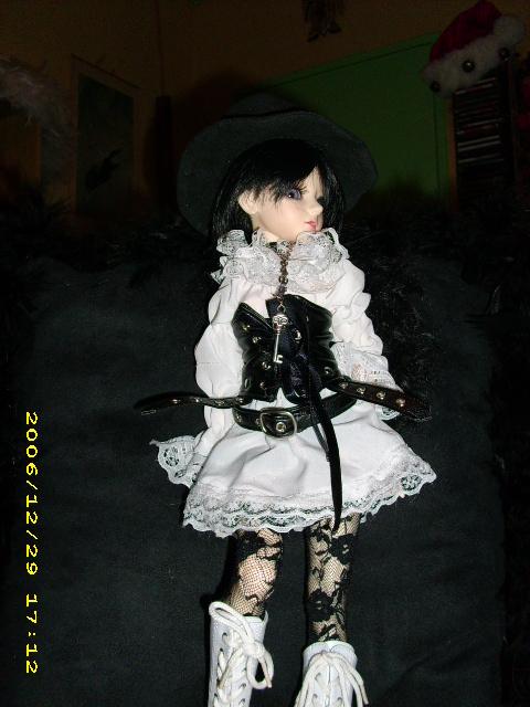 [latidoll cara]Lana,fidele petite vampire p.12! - Page 5 Goth_c23
