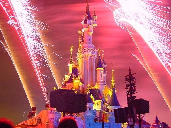 DisneyLand Resort Paris Firewo10