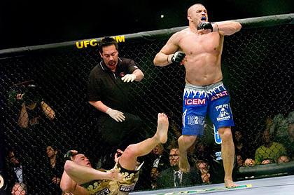 ��UFC���駷��66����� 214