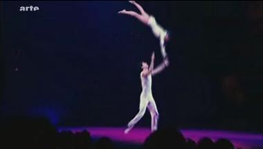 http://i12.servimg.com/u/f12/11/02/60/83/cirque11.jpg