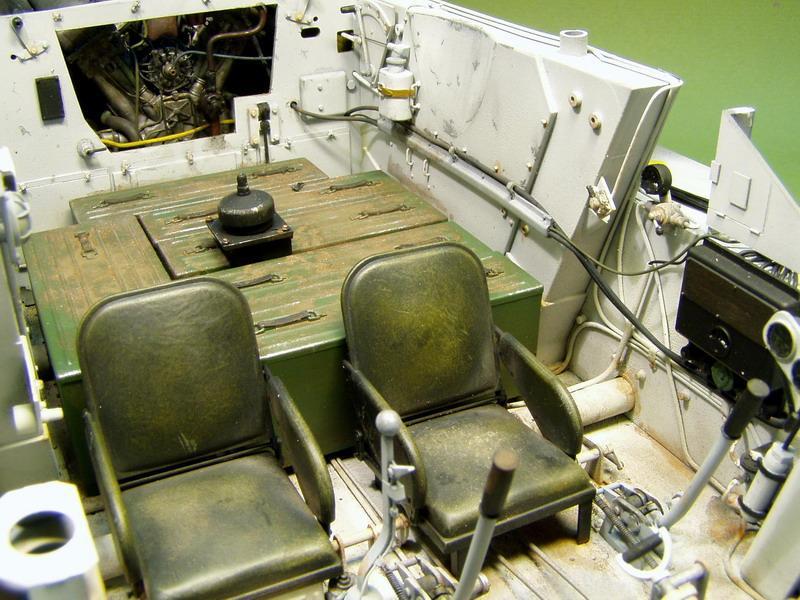 Quel r f rence tamiya le t34 85 for L interieur du char de vimoutier
