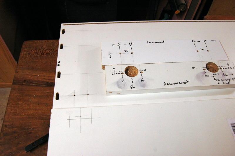 Accessoires caissons un gabarit syst me ls 32 - Gabarit de percage ...